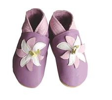 Daisy roots baby shoes