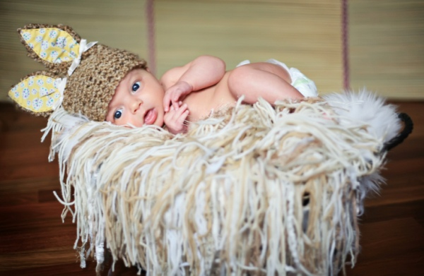Etiquettes To Follow While Visiting A Newborn