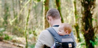 9 Eco-Friendly Baby Carriers and Wraps