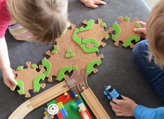 7 Amazing Eco-Friendly Toys for Babies