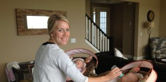 6 Essential Tips for Managing Twin Babies