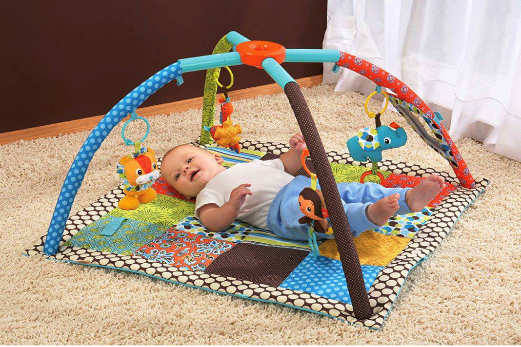 5 toys perfect for newborn baby development